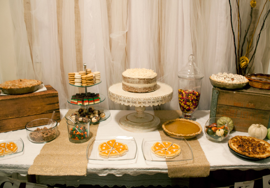 thanksgiving-dessert-table-charlotte-nc